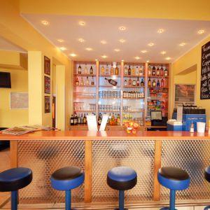 Hostel - bar